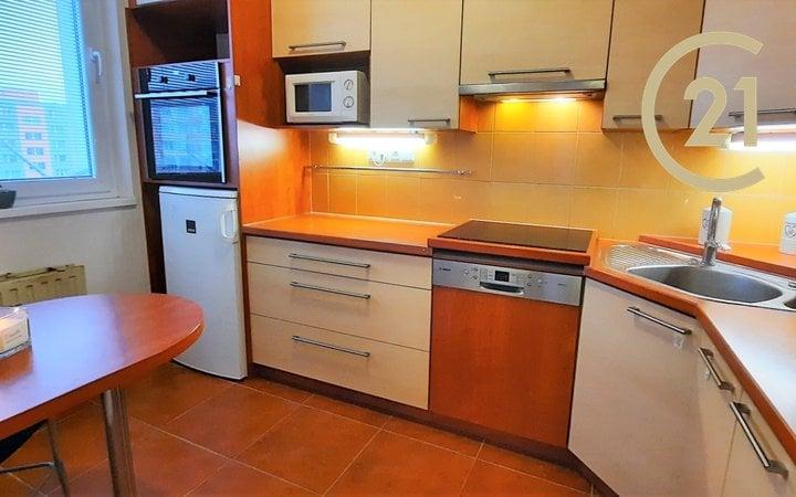 Podnájem byty 2+1, 44m² - Olomouc - Nové Sady