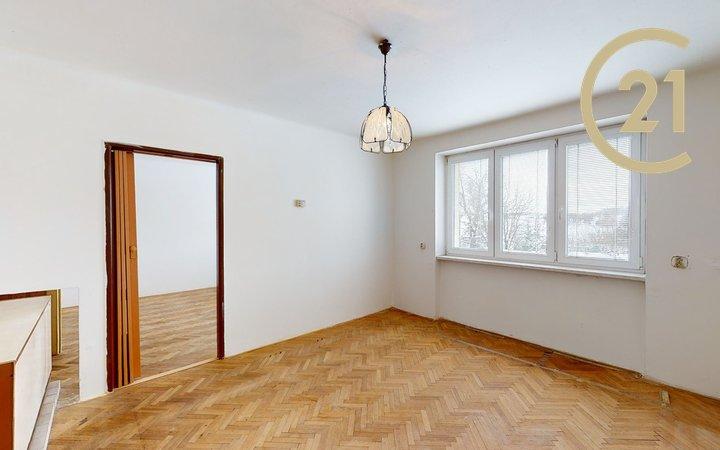 Prodej DV byt 2+1/S, 51 m2 + sklep 7,1 m2 + sklep 1,3 m2, Praha 9 - Běchovice