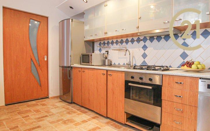 Prodej, Byty 3+1, 74 m² -