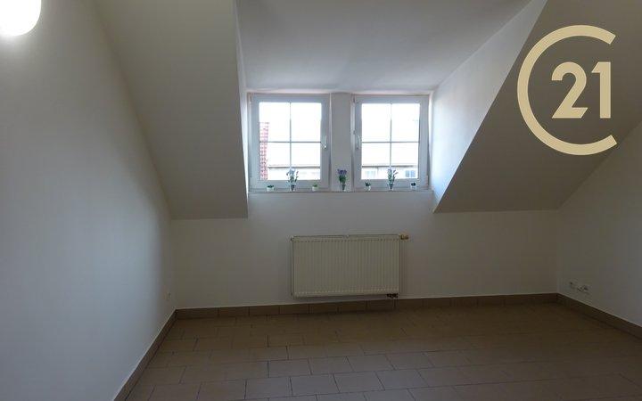 Pronájem, Byty 1+kk, 20 m² - Holešov