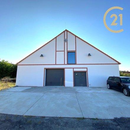 """Prodej atypického domu - původní stodoly  ve stylu """"Genius loci"""", 1207 m² nedaleko Poděbrad"""