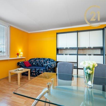 Prodej bytu 1+1, 40 m2 v klidné části pražského Hloubětína