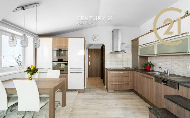Prodej mezonetového bytu 3+kk, 65 m², Znojmo, ul. Palliardiho