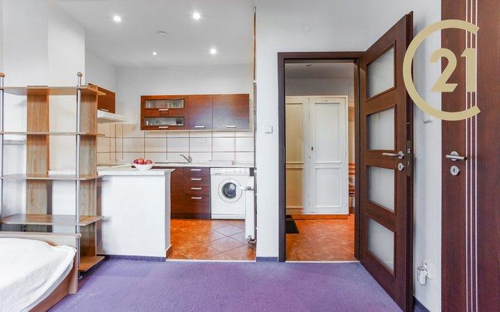 Pronájem bytu 1+kk 22,3 m2, ul. Dělnická Znojmo