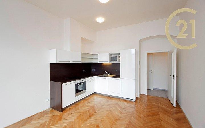 Pronájem 2+kk, plocha 65,9 m2, Plzeň, byt č. 6