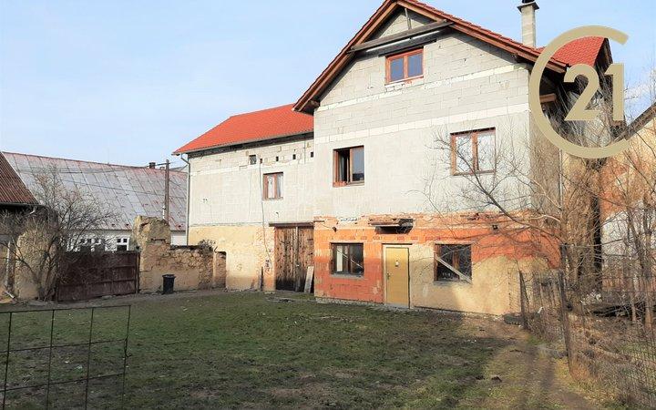Prodej, Rodinný dům, 369m² - Jesenice (Rakovník)