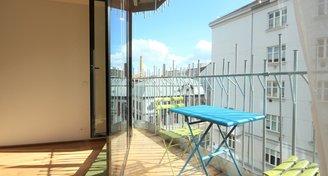 Pronájem bytu 2+kk s balkonem a garáží. Praha 7, u La Fabriky