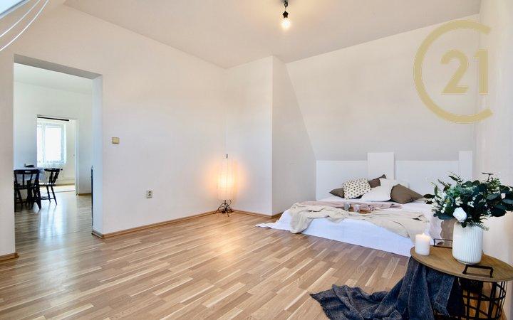 Pronájem, bytová jednotka v rodinném domu, 65m² - Kyje