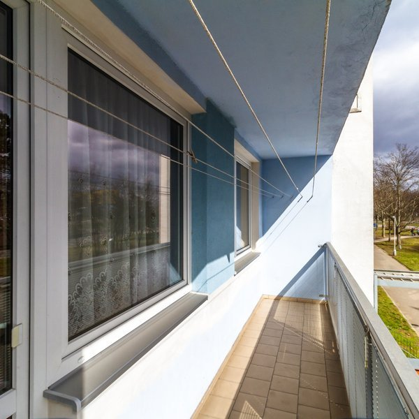 Útulný byt s dispozicí 3+1, 68,3 m2, lodžie, komora, sklep, Praha 8 - Kobylisy
