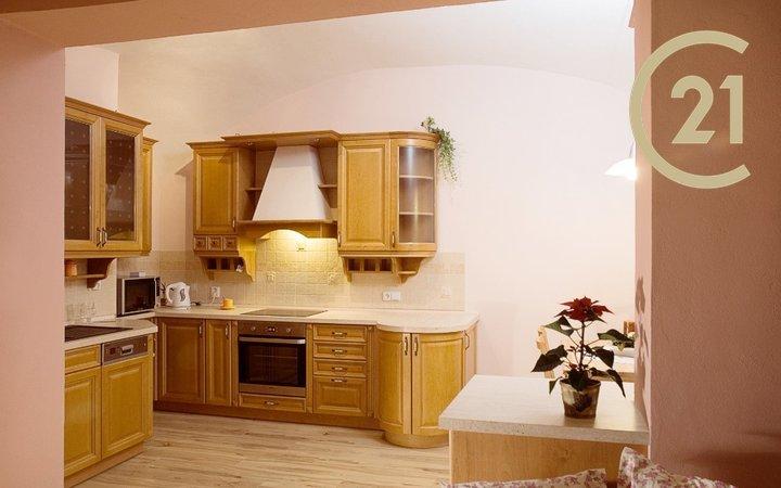 Pronájem bytu 3+kk, 79 m² - Kroměříž, centrum