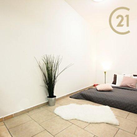 Pronájem bytu 1+kk, 30m² - Brno - Slatina