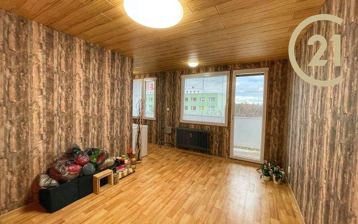 Krásný a slunný byt 1+kk 33m2 s lodžií, Kladno Kročehlavy