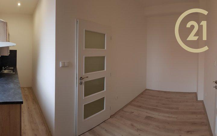 Pronájem bytu 2+kk, 42,6m² - Chrudim II