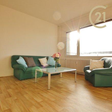 Pronájem bytu 2+kk, 51 m²  na ulici Labská