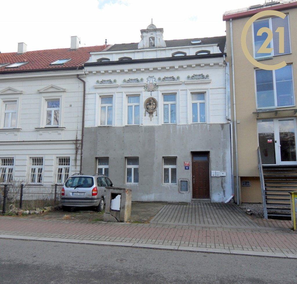 Prodej činžovního domu Praha 8.