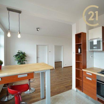 Moderní byt v cihlovém domě, 2+kk/L, 66 m2, P3-Žižkov