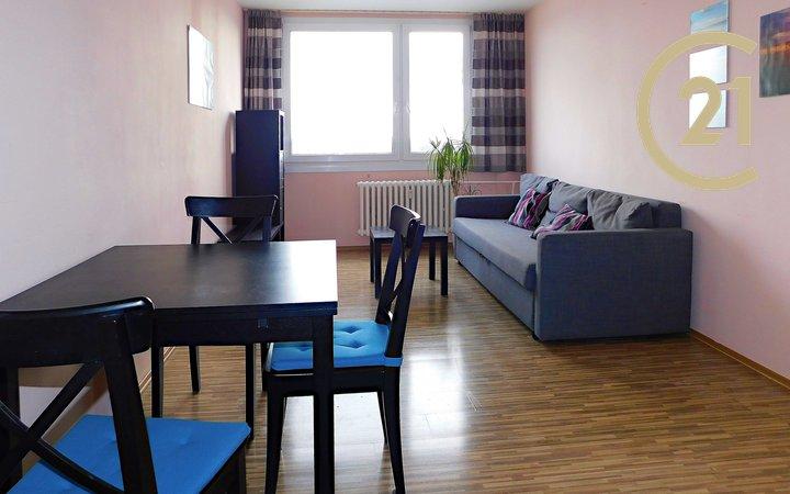 Pronájem bytu 2+kk, 43 m2, ul. Tatarkova, přímo u metra Háje