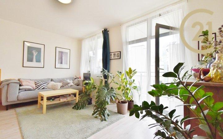 Krásný byt s terasou 2+kk, 68 m2 na Náměstí Svobody 16