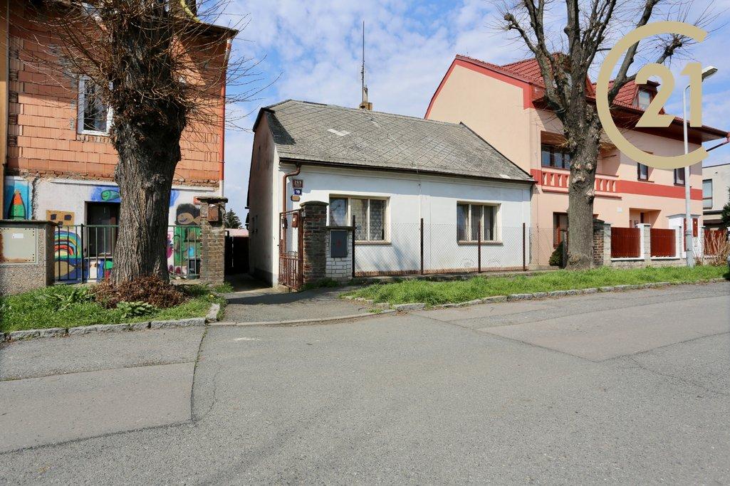 Prodej rodinného domu před rekonstrukcí Čakovice