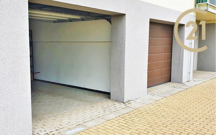 Garáž, ul. Brněnská pole, Šlapanice, CP 27,2 m2, vhodný i na investici