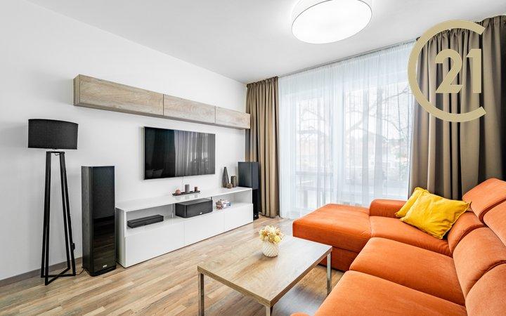 Prodej bytu 3+kk 76,8 m², terasa a garážové stání,  Praha - Uhříněves