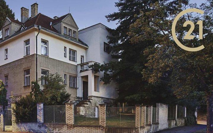 Prodej vily v rezidenční čtvrti Ořechovka, Praha - Střešovice