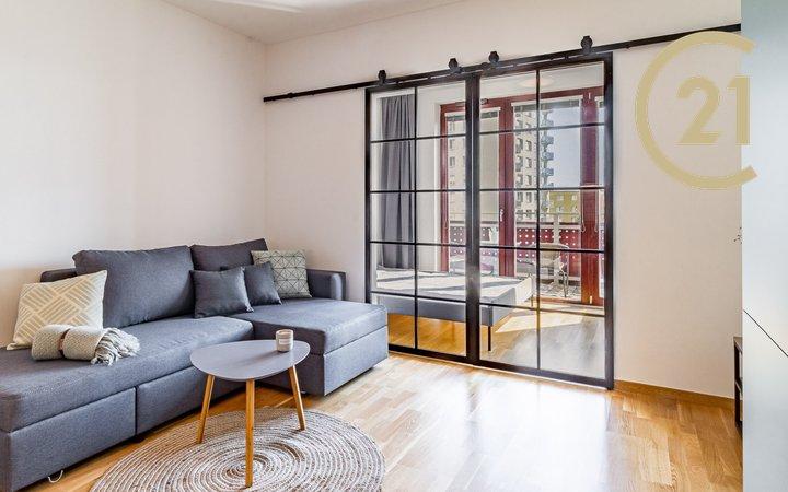 Prodej bytu 2+kk, 37 m2 s terasou 6,3 m2, Na Slatince, Praha