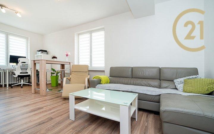 Světlý byt 2+1/ B (54 m2) Záběhlice, Praha 4