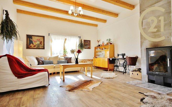 Prodej zrekonstruovaného domu Křetín 135 m2, pozemek 252 m2