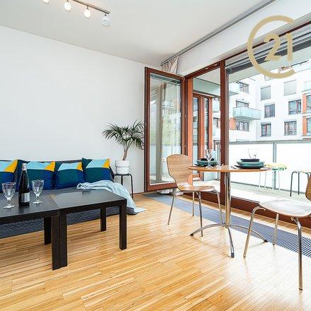 Moderní byt 2+kk/ B/ (62 m2), Rohanské nábřeží, Praha 8 - Karlín
