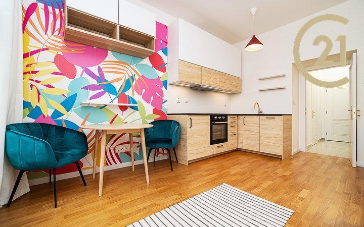 Zcela nový moderně vybavený 1+kk, 27m² - Praha - Vinohrady