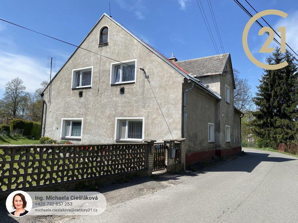 Prodej, Byt 3+1, 76 m², vlastní zahrada, garáž s