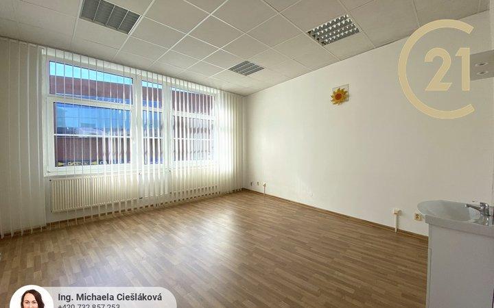Pronájem, kancelář, 26 m², Liberec centrum