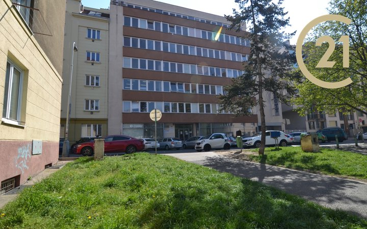 Pronájem kanceláří  v Praze - Palmovka, 20-100 m²