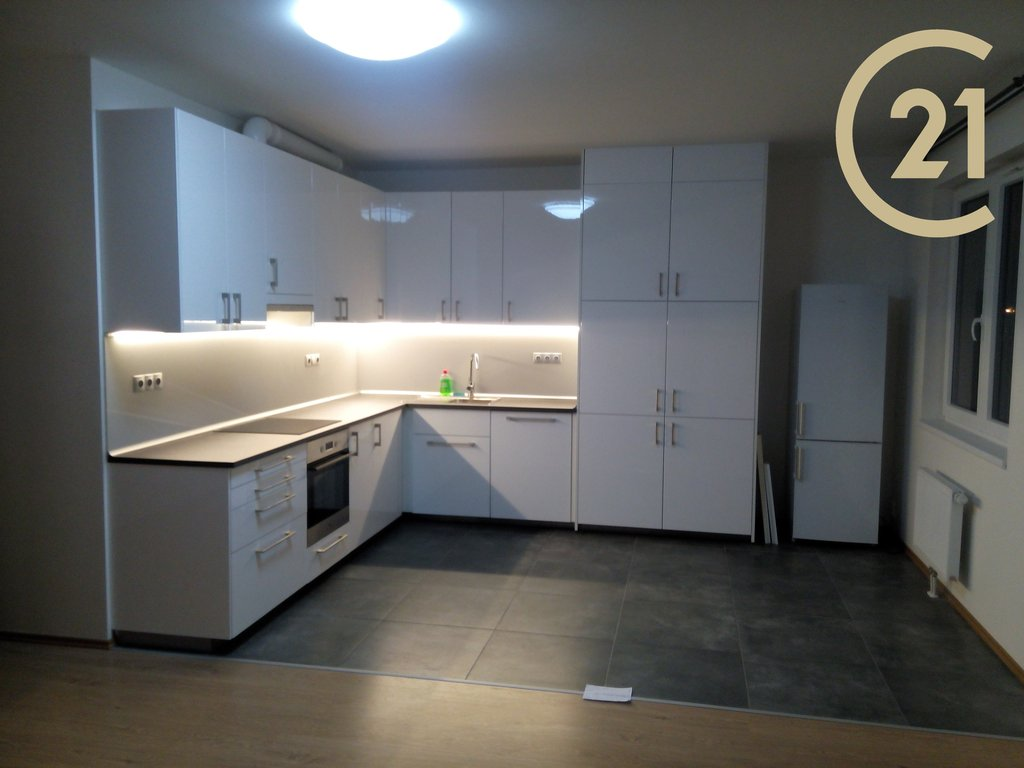 Prodej, jednotka 3+kk, 96m², Stříškov, Praha 8, 2.