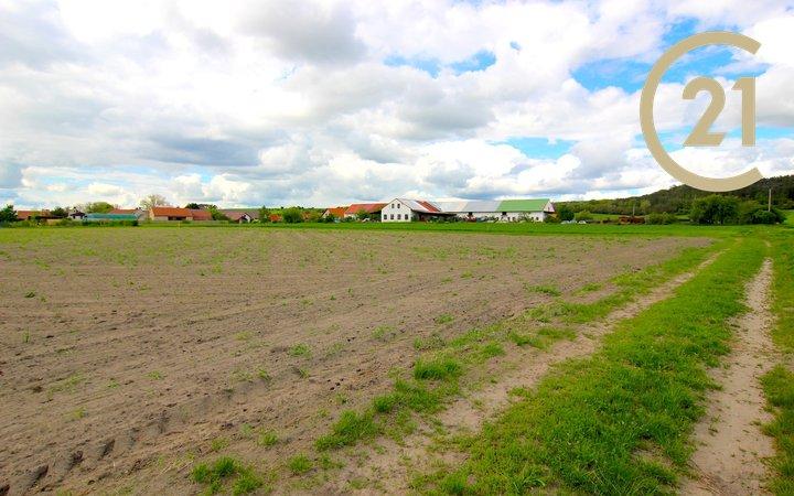 Prodej stavebního pozemku 1.778 m2, Konětopy, Praha-východ
