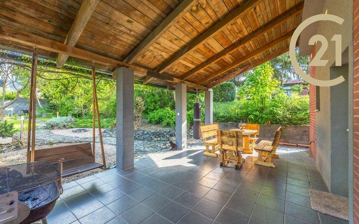 Prodej rodinného domu 214 m2, pozemek 832 m2 Všestary