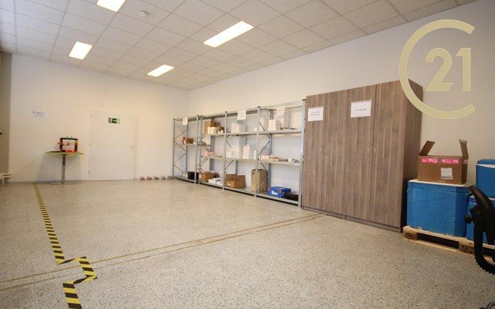 Pronájem, skladovací prostory, 100m² - Olomoucká ul. Brno