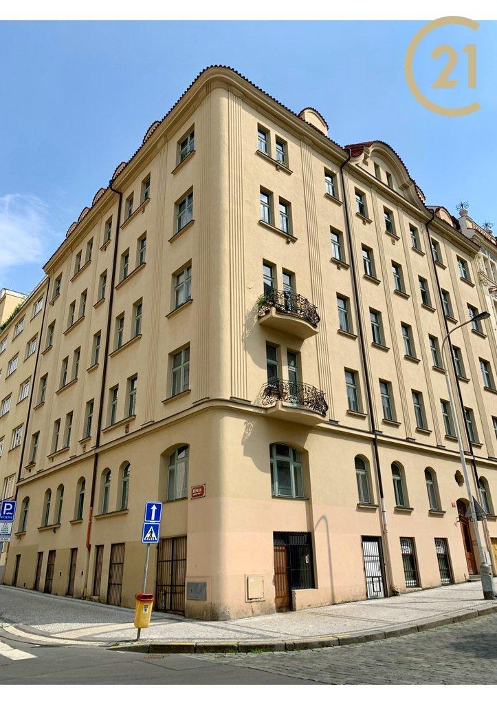 Pronájem obchodních prostor 200 m2 -  Praha 2 -