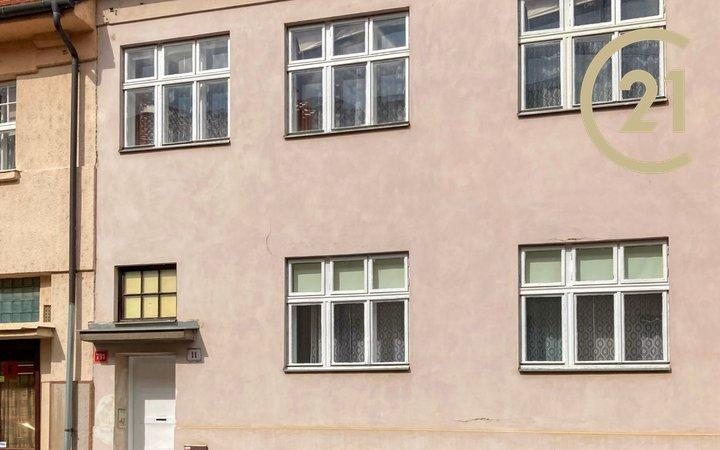 Prodej RD se dvěma byty 2+1, Znojmo