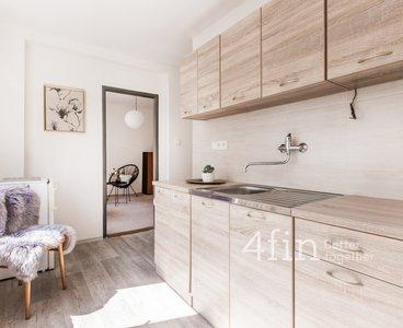 Pronájem bytu 2+1, 52m² - Praha 9 - Libeň