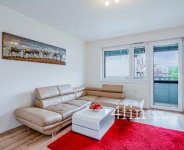Pronájem bytu 2+kk, 52 m², balkon, garážové stání, sklep, Praha - Žižkov
