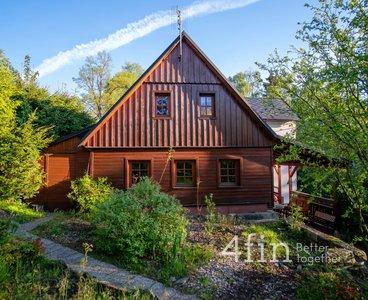 Prodej rodinného domu 6+kk 225 m2, s velkou zahradou
