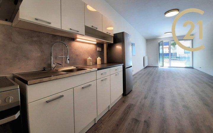 Pronájem bytu 2+kk, 70m² - Rosice, se zahrádkou