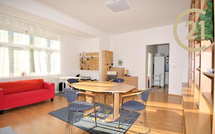 Prodej bytu 2+1, 66m2, Praha 4