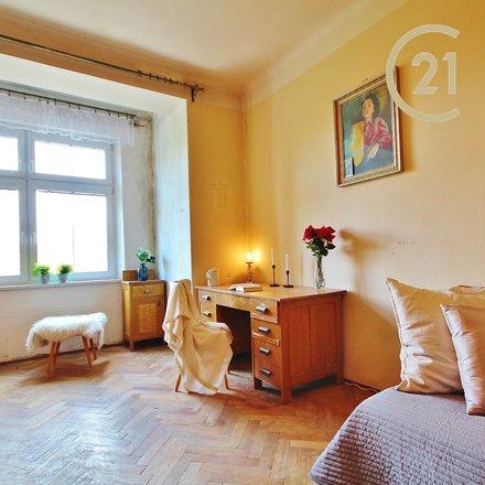 Prodej bytu 3+kk ul. Husitská, 87 m2