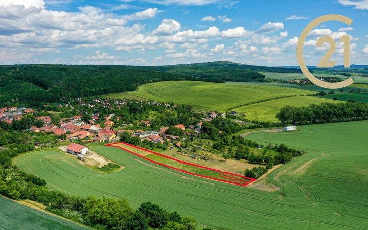 Prodej velkého pozemku - Bohdalice-Pavlovice, část Pavlovice