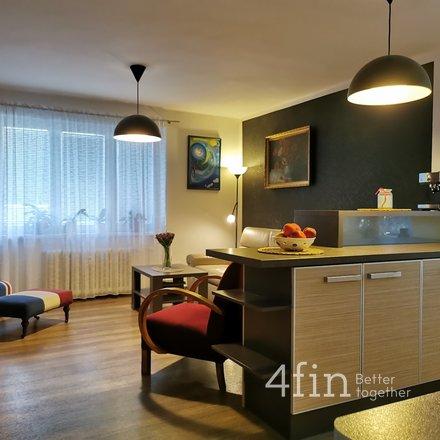 Prodej bytu 4+1 s balkonem 88m2 a garáží 27m2, ul. Hlavní třída, Havířov-Město