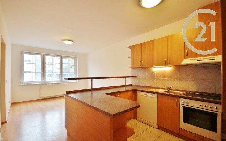 Pronájem slunného bytu 3+kk, 65 m2  + lodžie 3 m2, ul. Hybešova 47