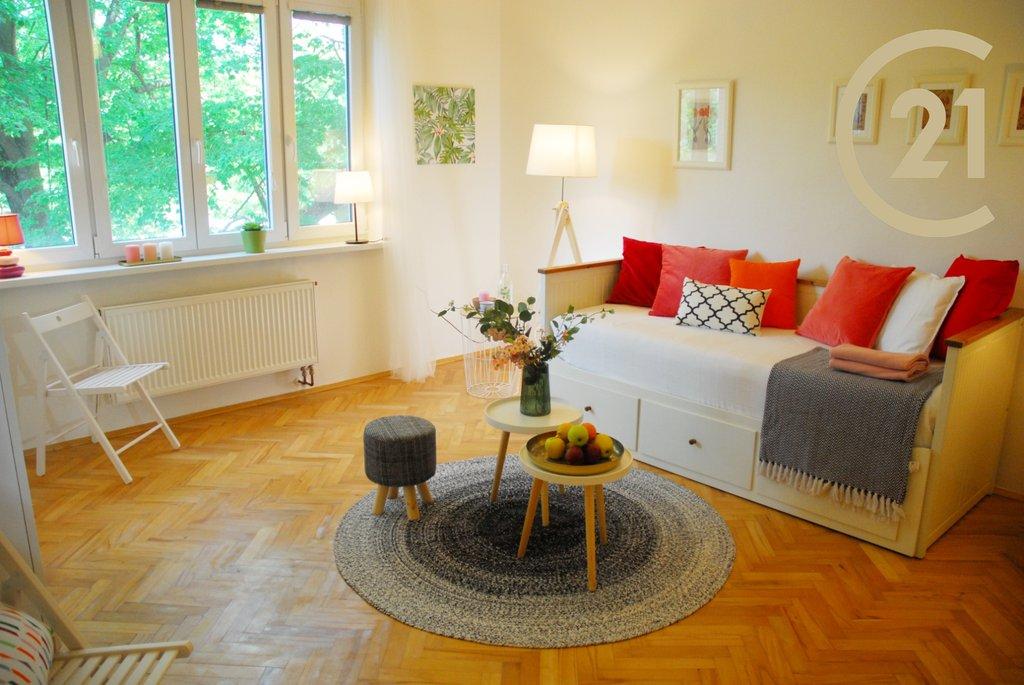 Prodej bytu 1+1, 42m² - Praha - Břevnov